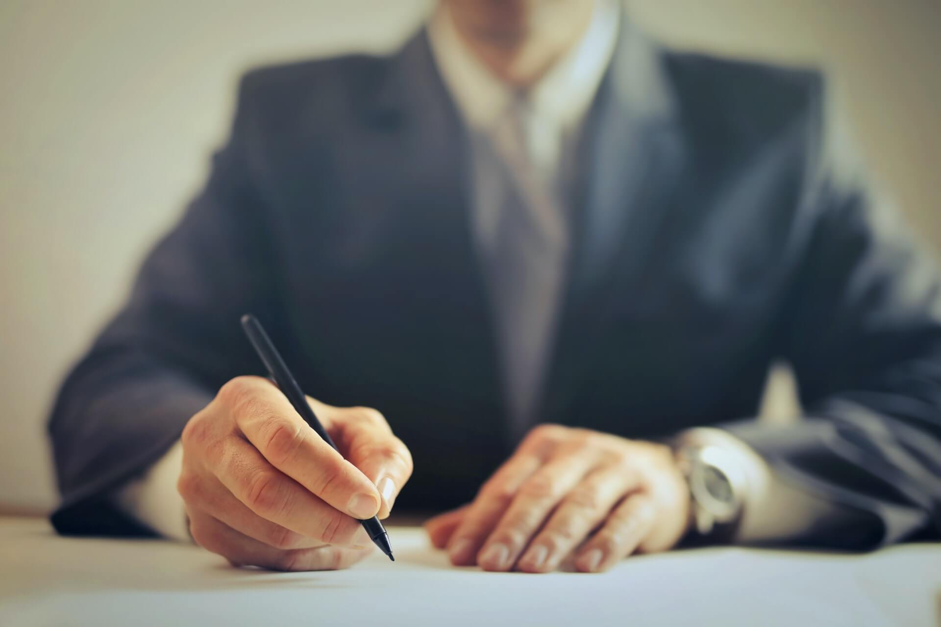 employment contracts in ontario, workplace lawyers